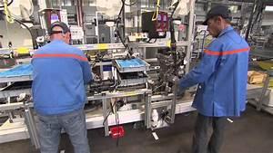 Fiabilité Moteur Puretech 110 : puretech moteur peugeot youtube ~ Medecine-chirurgie-esthetiques.com Avis de Voitures