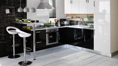 organisation cuisine cuisine noir laque ikea