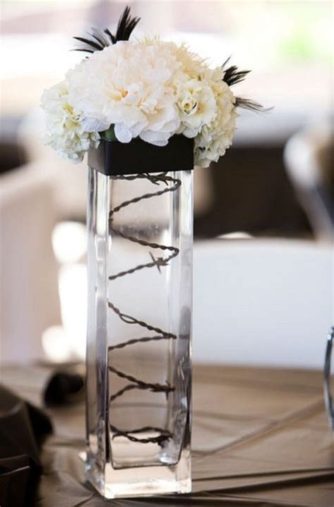 black and white floral centerpieces 46 cool black and white wedding centerpieces happywedd com
