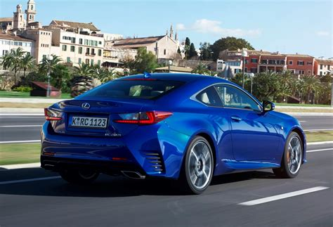 lexus rc coupe review driving  performance parkers