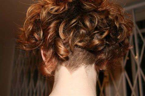 Best 25+ Curly Angled Bobs Ideas On Pinterest