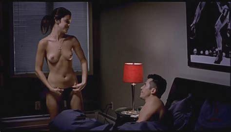 Vanessa Ferlito Desnuda En Undefeated
