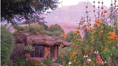 Money Squatting Guarantee All Hosting Services Inkunzi Cave And Zulu Hut In Drakensberg Very Price