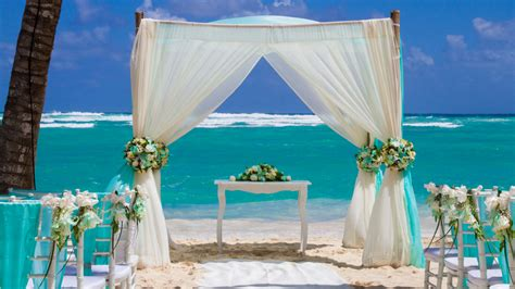 Unique Resorts For Your All-inclusive Destination Wedding