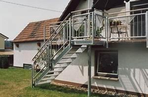 Treppe Preis Berechnen : aussentreppe mit podest pulverbeschichtet treppe selber ~ Themetempest.com Abrechnung