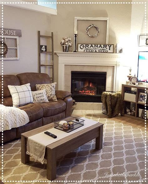 Living Room Decorating Ideas For Brown Sofa by Best 25 Living Room Brown Ideas On Living