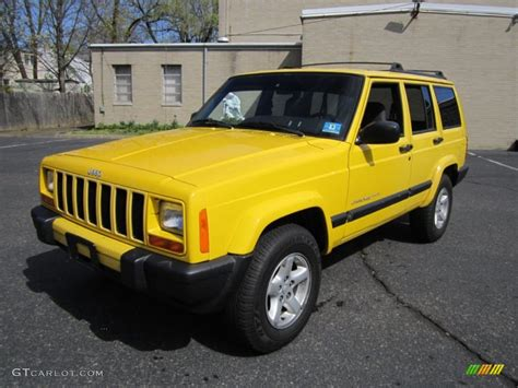 yellow jeep grand cherokee solar yellow 2001 jeep cherokee sport 4x4 exterior photo