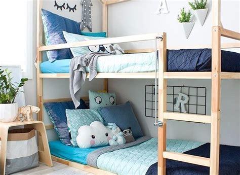 Jun 01, 2021 · 8. 17 Desain Tempat Tidur Tingkat Seru Agar Ruangan Tampil Lega