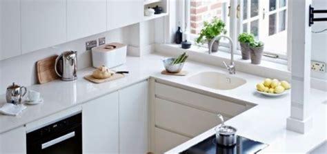 minimalist kitchen  tips   organize  inspirationseekcom