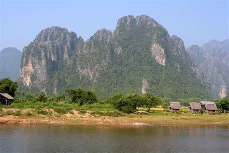 File:Nam Song River Vang Vieng Laos.jpg - Wikimedia Commons