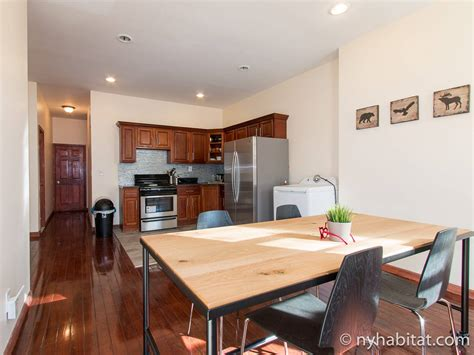 Appartment Rental by New York Roommate Room For Rent In Bushwick 4