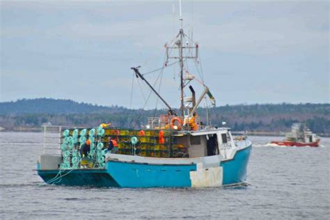 Lobster Boat Diy by So Far So Fishing Boats Hit The Water For Fall