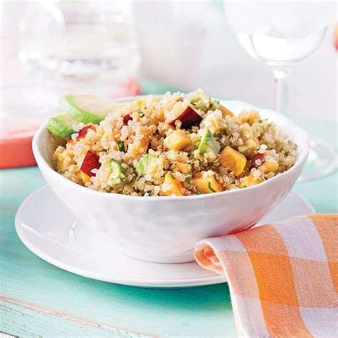 cuisine recettes pratiques salade de quinoa nectarine et avocat recettes cuisine