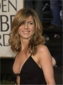Jennifer Aniston Hairstyles And Haircuts With Short And