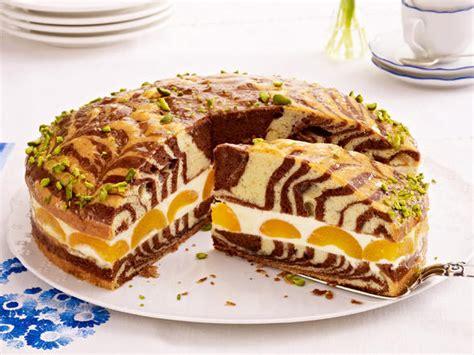Zebrakuchen Mit Aprikosen-zitrus-creme