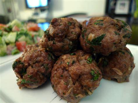 cuisiner une epaule d agneau keftas comme les faisait maman cuisiner c 39 est facile