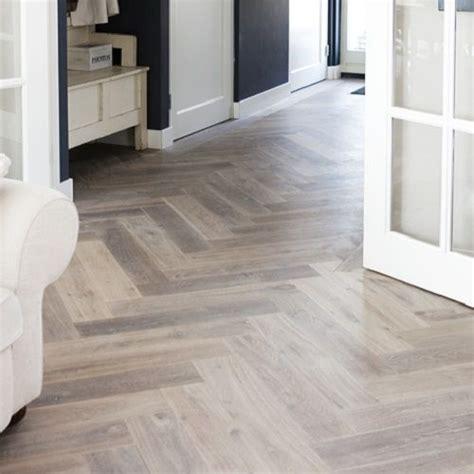 karwei laminaat veranda pvc vloeren visgraat google zoeken floors pinterest