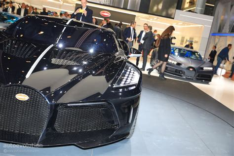 La voiture noire is a tribute to bugatti's own history, a manifesto of the bugatti aesthetic and a piece of automotive haute couture. UPDATE: $19M Bugatti La Voiture Noire Geneva Car Is a ...