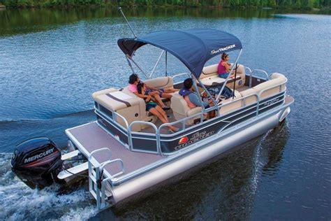 Usaa Boat Loan Reviews by Sun Tracker Boats Recreational Pontoons 2016
