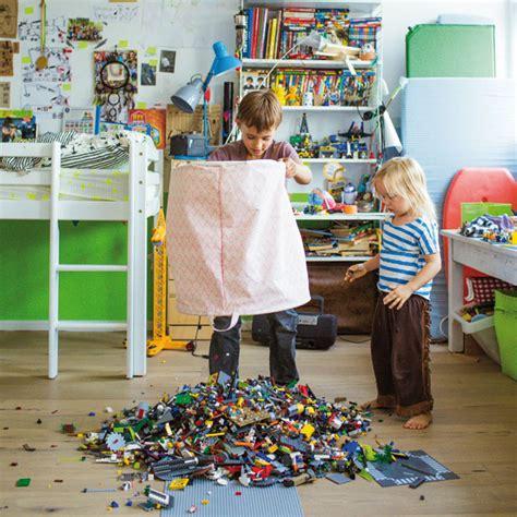 Ordnung Im Kinderzimmer Richtig Aufraeumen by Chaos Im Kinderzimmer Vom Aufr 228 Umen Berlin Mit