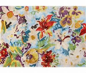 Tapis de prestige en viscose par ligne pure fleuri et colore for Tapis champ de fleurs avec canapé 2 5 places