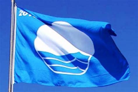 Zilais karogs šogad plīvos divās jahtu ostās