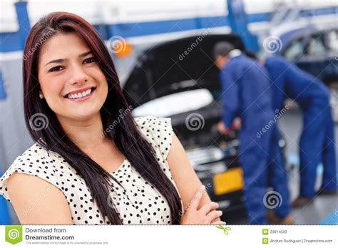 Frau In Garage by At A Car Garage Stock Image Image Of Shop Person