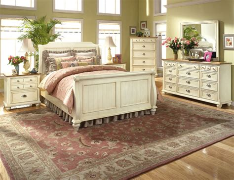 Country Style Bedrooms by Modern Furniture Country Style Bedrooms 2013 Decorating Ideas