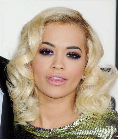 Rita Ora on Red Carpet - 2014 Grammy Awards • CelebMafia
