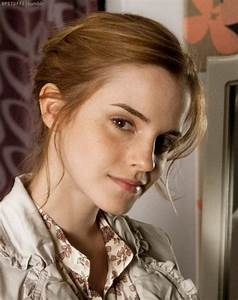 10+ Emma Watson Hairstyles 2017 Transformation - Goostyles.com