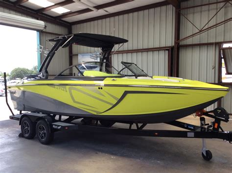 Tige Boats Models by Tige R21 Boats For Sale Boats
