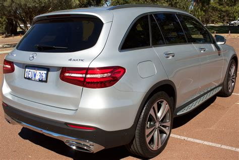 For 2021, mercedes gifts the glc lineup with more standard features and more standalone options. Fichier:2015 Mercedes-Benz GLC 250 d (X 253) 4MATIC wagon ...