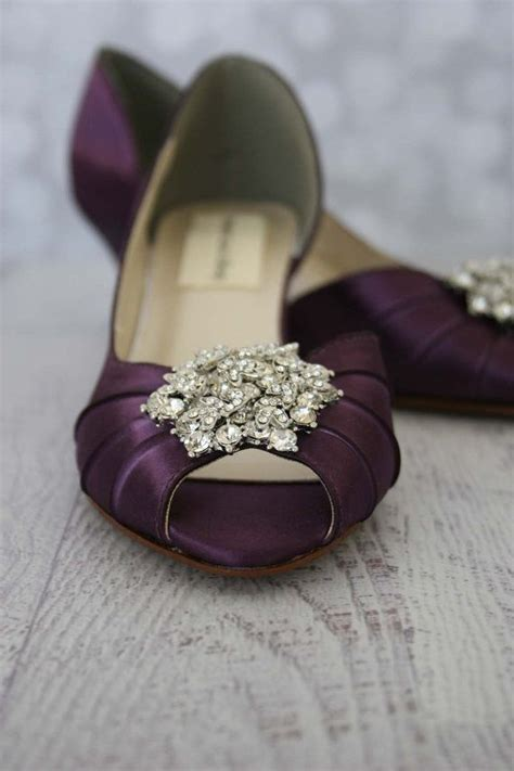chagne colored wedding shoes 25 trending purple wedding shoes ideas on