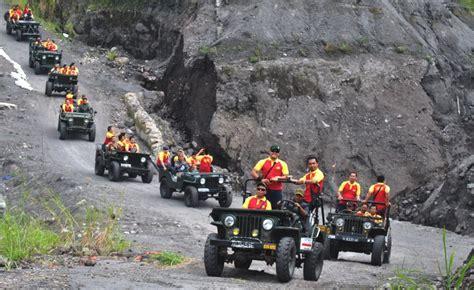 lava   wisata offroad  jeep  merapi
