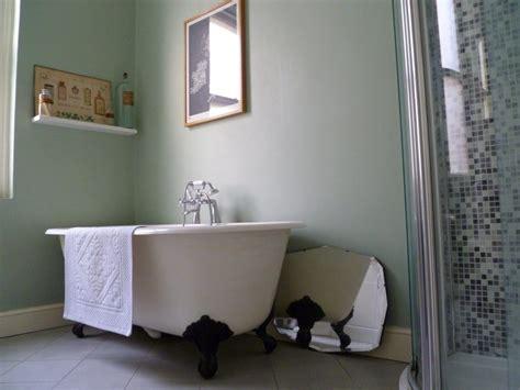 peinture sur faience cuisine gris et bleu deux couleurs en osmose dans la salle de bain 23 idées déco