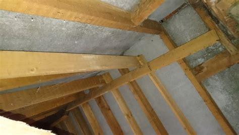 sporenkap isoleren asbest platen als beschot en sporen