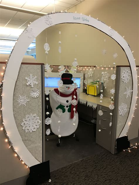 christmas cubicle decorating ideas cubicle decorating cubicle and office decor office decorations