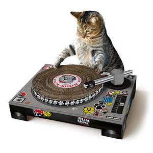 cat dj dj cat scratching pad cardboard scratch post uncommongoods