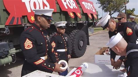 abilene marine corps collects toys ktxs
