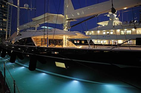singapore yacht show complete guide charterworld