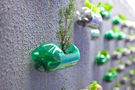 Formas Creativas De Reutilizar Las Botellas Plásticas