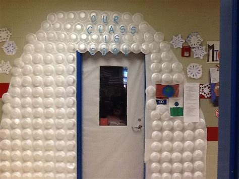 Easy Cubicle Christmas Decorating Ideas by 25 Best Ideas About Igloo Craft On Pinterest Winter
