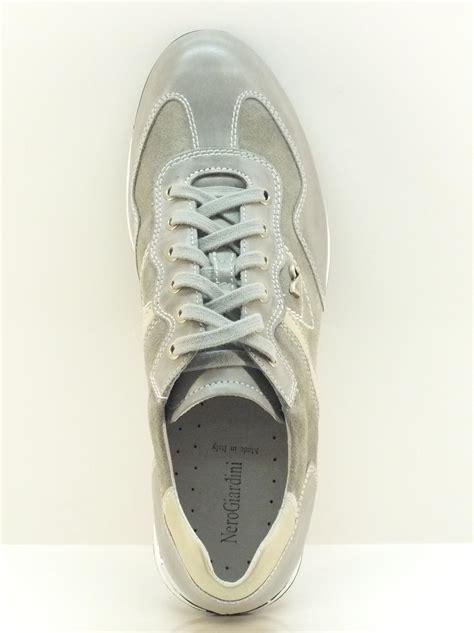 scarpe da uomo nero giardini scarpe sportive da uomo nero giardini camoscio grigio