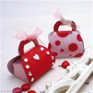 pinterest o le catalogue d39idees With déco chambre bébé pas cher avec bonbon en forme de fleur
