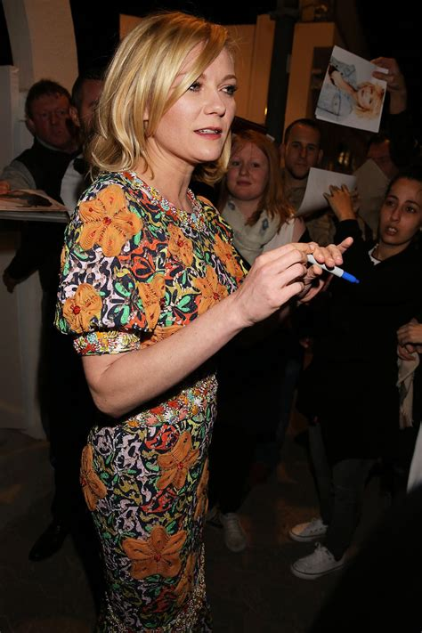 cannes cuisine kirsten dunst at tetou restaurant in cannes 05 12 2016
