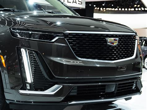 cadillac xt premium luxury  photo gallery gm