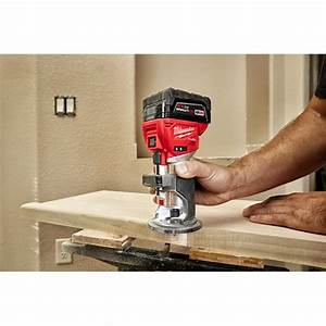 Milwaukee - 2723-20 - M18 Fuel U2122 Compact Router