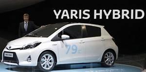Toyota Yaris Hybride France : toyota fait la course en t te dans la voiture hybride ~ Gottalentnigeria.com Avis de Voitures