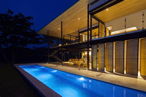 spectacular modern home  costa rica  ocean