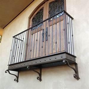 Haus Auf Französisch : 54 besten franz sischer balkon bilder auf pinterest ~ Lizthompson.info Haus und Dekorationen